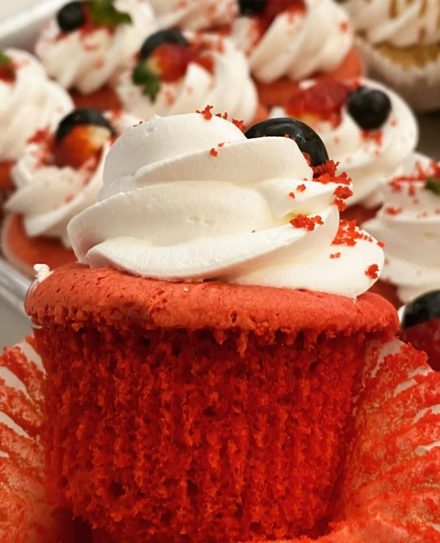 Cute & Fluffy Red Velvet Cupcakes, The Easiest Cake To Bake At Home